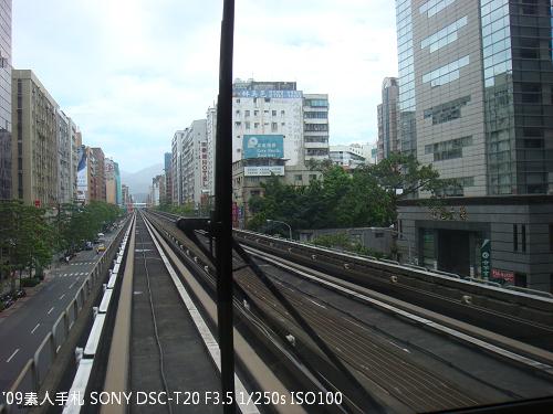 2009072211